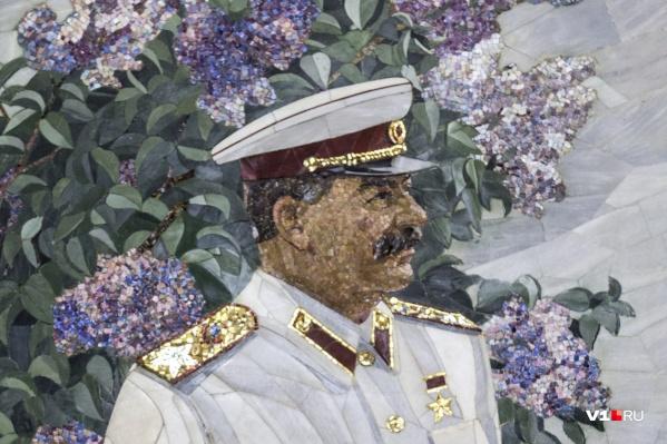 Бюст хотят поставить на улице Сталинградской