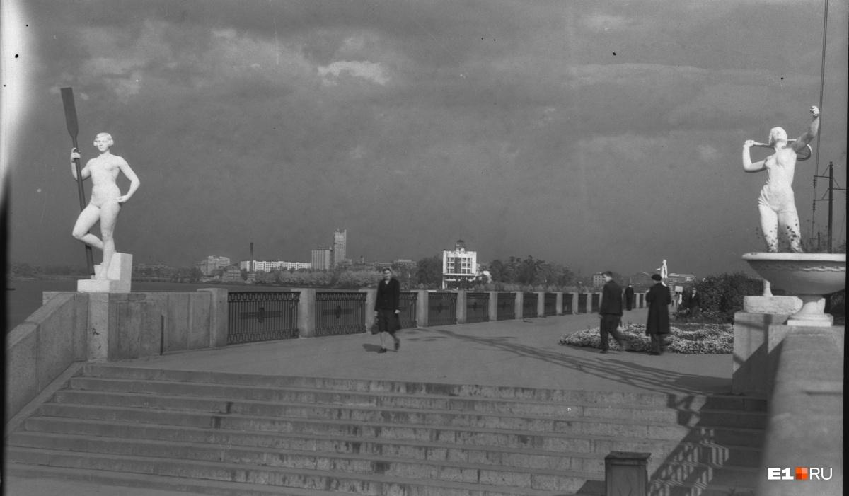 Набережная Исети. 1948 год