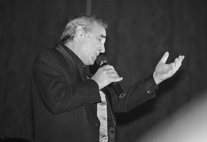 Шарль Азнавур в 1988 году