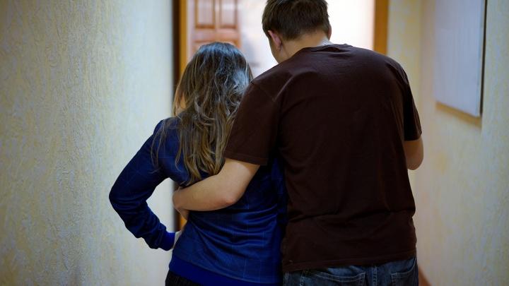 Треть участников опроса в Омске подвергались домогательствам на работе