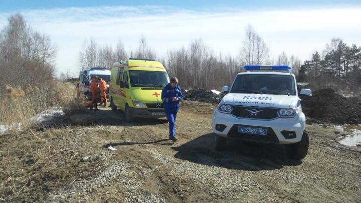 «У него разбиты кулаки»: на Верх-Исетском пруду спасатели нашли труп мужчины
