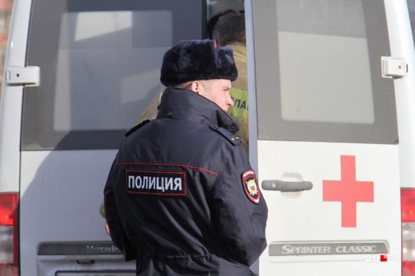 Молодого человека отвезли в областную больницу