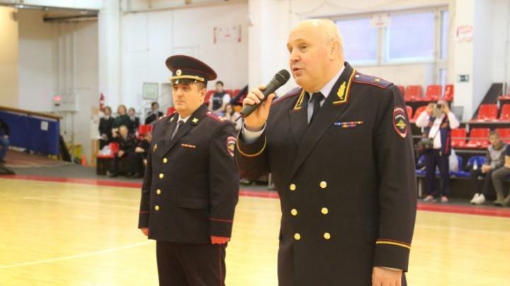 Путин снял с должности начальника новосибирской полиции