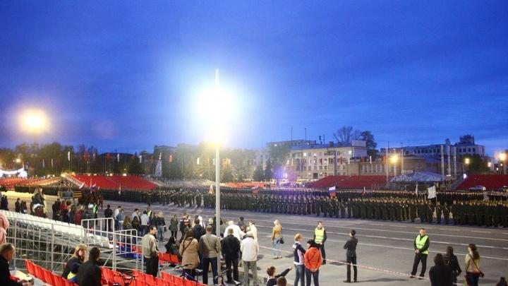 На главной площади Самары состоялась первая репетиция парада Победы