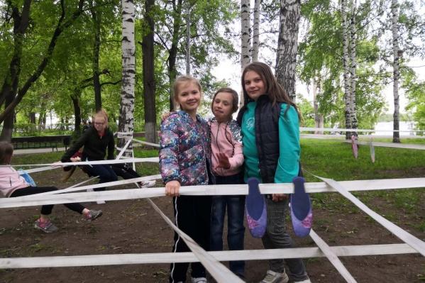 Дети рады — теперь есть где прыгать и ползать