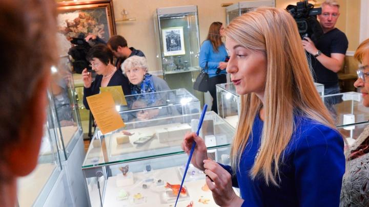 Золотые запонки и яйцо Фаберже: чем отличилась редкая выставка в центре Екатеринбурга