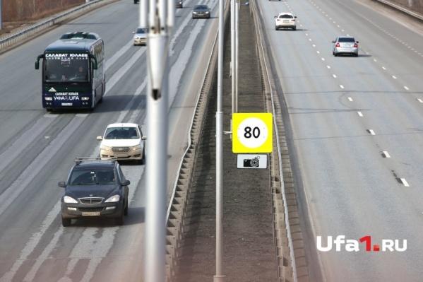 Дорожникам предстоит заменить верхний слой асфальта, устранить колейность и нанести новую разметку