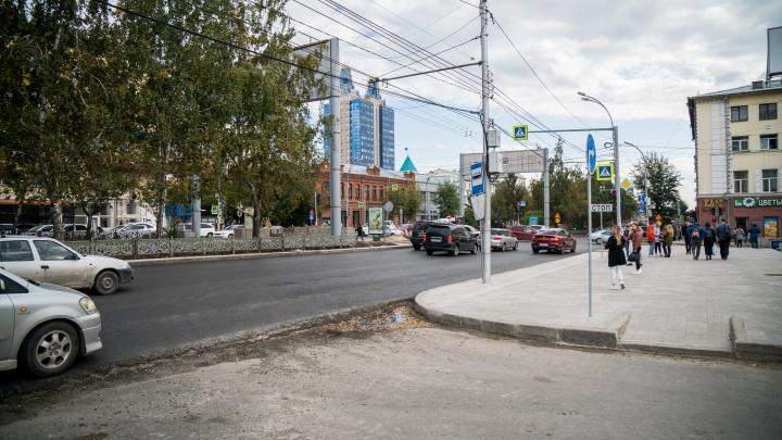Терпеть ещё четыре ночи: дорожники рассказали, когда закончат ремонтировать Красный проспект