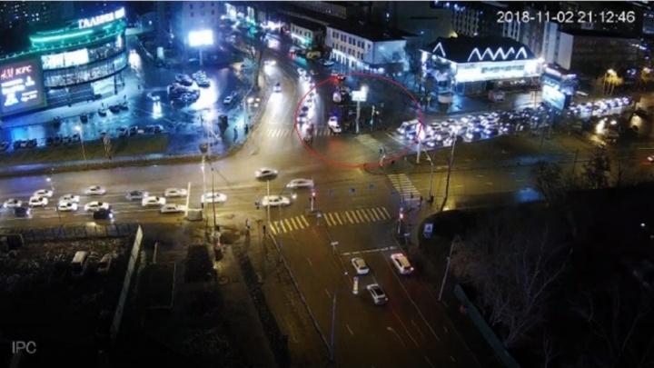 Дело начинающей автомобилистки, сбившей толпу пешеходов у «Галереи Вояж», ушло в суд