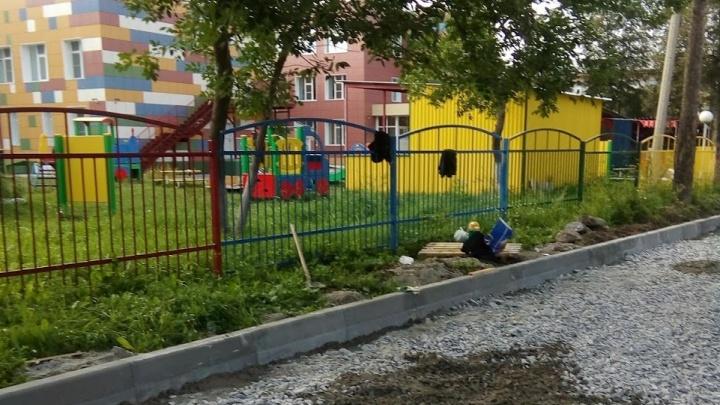 В Заельцовском районе парковку решили построить вплотную к детскому саду
