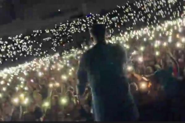 Баста показал, как прошёл концерт в Красноярске и поблагодарил зрителей