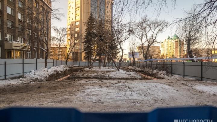 Вырубка сквера на Челюскинцев: у строителей не оказалось документов на землю