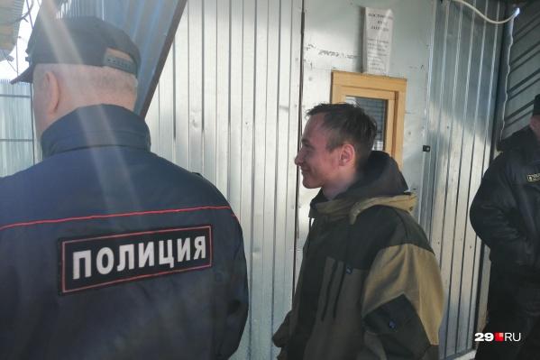 Руслана Гатамова вчера задержали минут через 10 после акции Древарха
