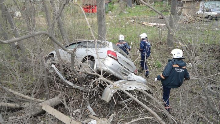 «Хонда» улетела в кювет с Бердского шоссе: пострадали четыре человека (обновлено)