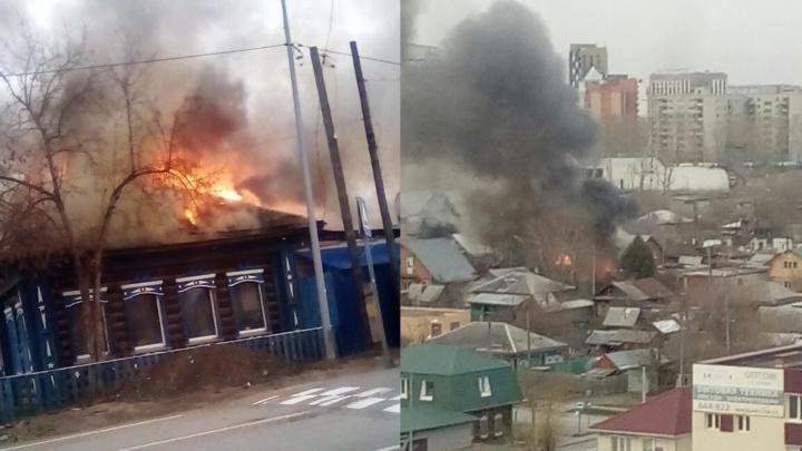 Из-за вспыхнувшей бани на улице Правды сгорели Infinity и катер