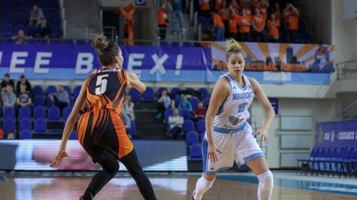 Баскетболистки УГМКразгромили курскую «Инвенту» и набрали десятую сотню за сезон