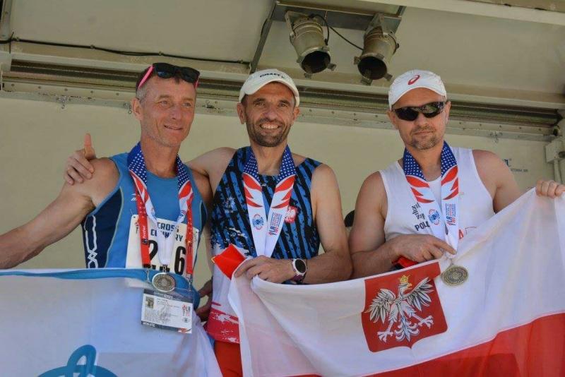 Артём Соболев (слева). Фото предоставлено пресс-службой ГУ МВД по Новосибирской области
