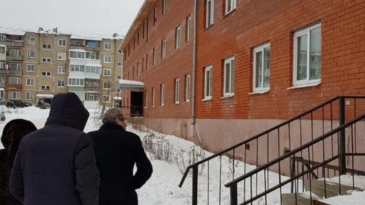 В Прикамье обследуют некачественные дома для сирот