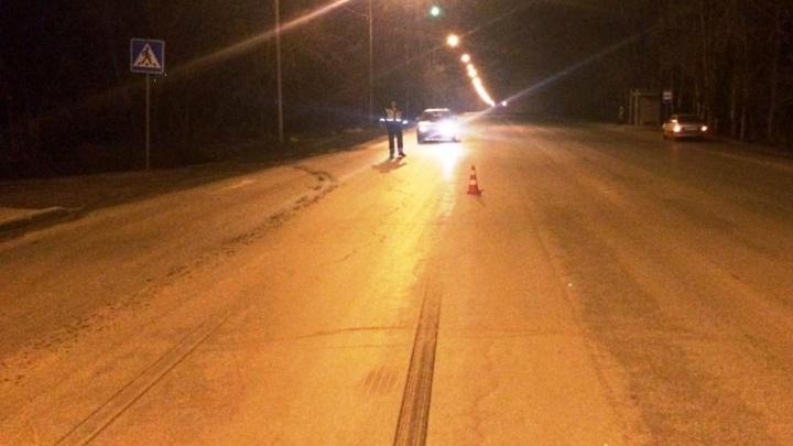 Ищут свидетелей: полицейские разыскивают водителя, бросившего на дороге сбитого пешехода