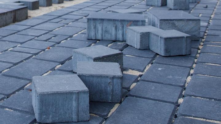 В Дзержинском районе Волгограда спустя два года вспомнили о парке героев-летчиков