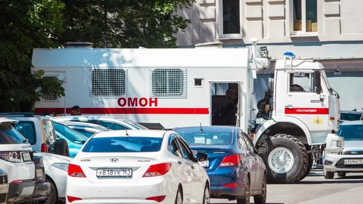 «У школы слышны стрельба, взрывы»: жителей Таганрога всполошила «перестрелка» на улице Шило