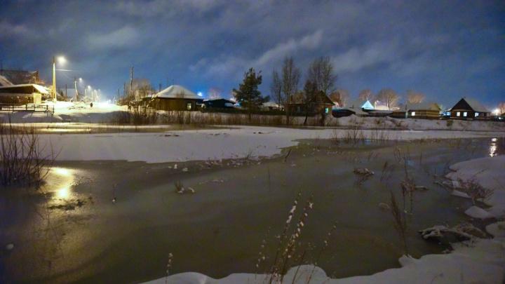 В Енисейске готовятся к эвакуации из-за прибывающих и разливающихся рек