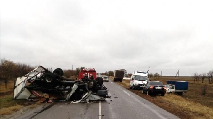 Жуткая авария на трассе в Волгоградской области: погибли двое мужчин