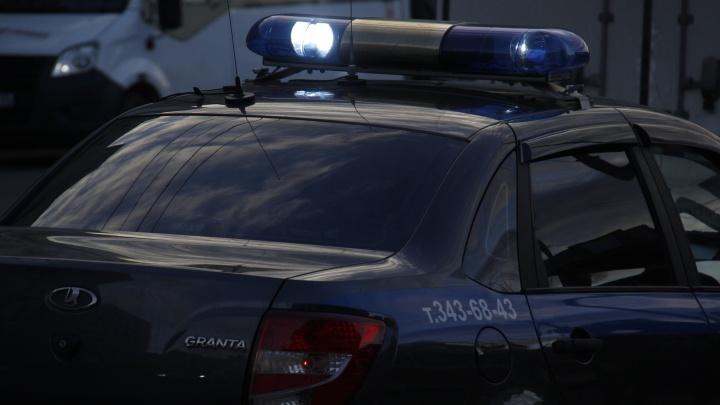 Женщина из Татарска ударила своего друга ножом в печень