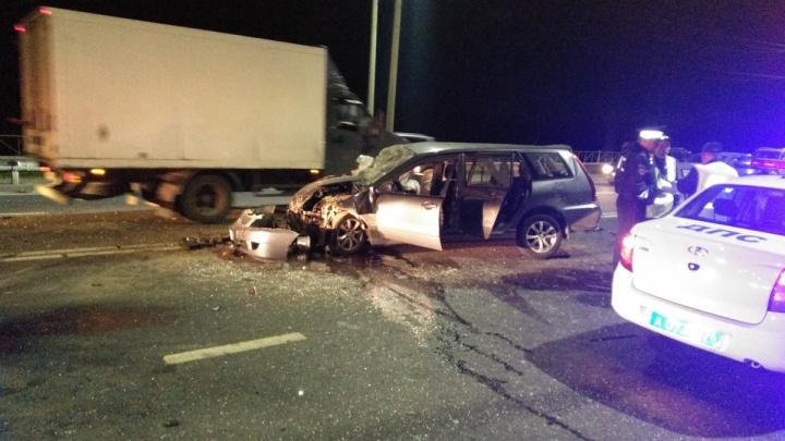 Водитель, попавший в страшное ДТП на окружной дороге, скончался в больнице