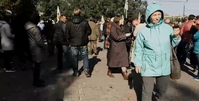 В сквере Космонавтов прошел митинг против повышения пенсионного возраста
