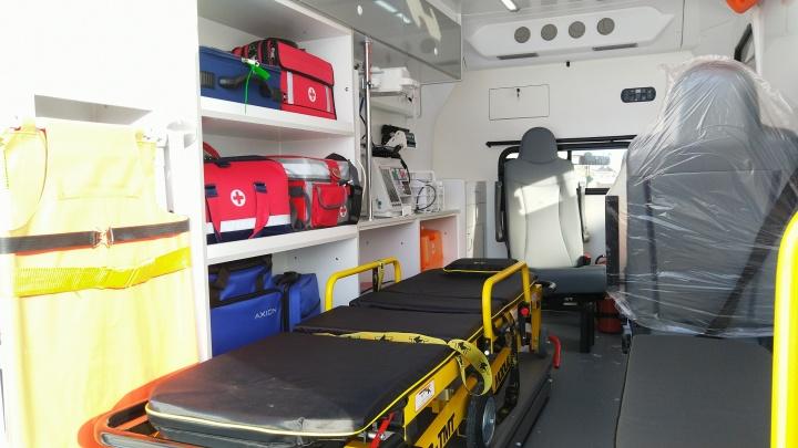 63-летний пациент скорой набросился с кулаками на фельдшера: женщина получила сотрясение