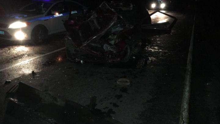 Смерть на трассе: в Ярославской области после столкновения двух иномарок погиб водитель