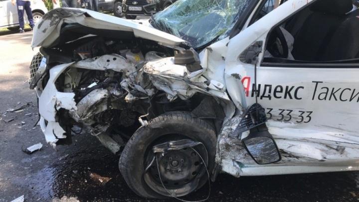 Владельцы такси выплатят страховку маме мальчика, который впал в кому после ДТП в Тольятти