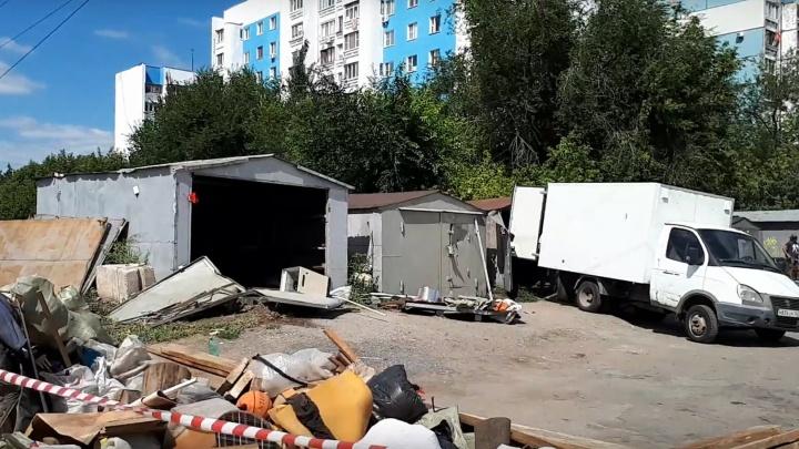 На улице Жигулёвской в Самаре начали сносить гаражи для строительства дороги