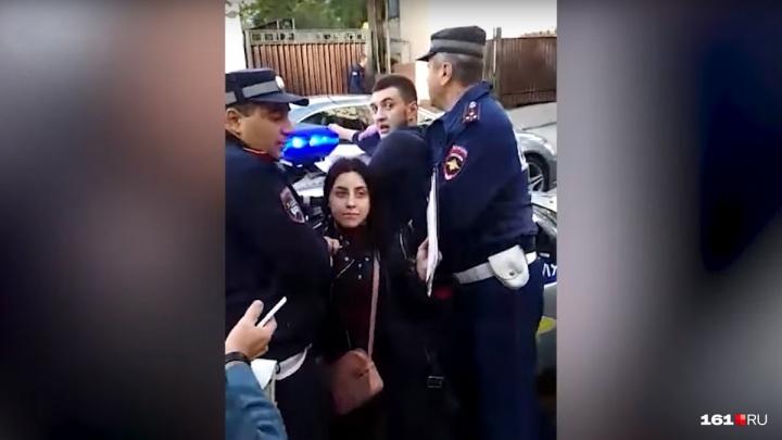 В Ростове на пять суток арестовали участников нападения на полицейских