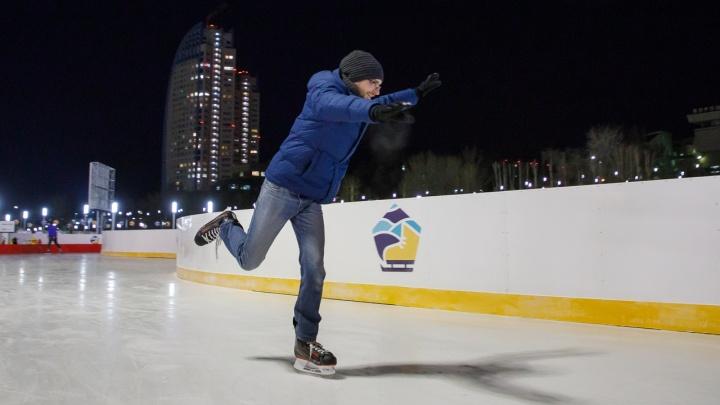 Старый Новый год на ледовом катке в пойме Царицы встретят ярким фейерверком