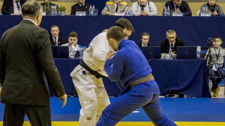 Больше двухсот дзюдоистов со всей России сразились на турнире в Екатеринбурге