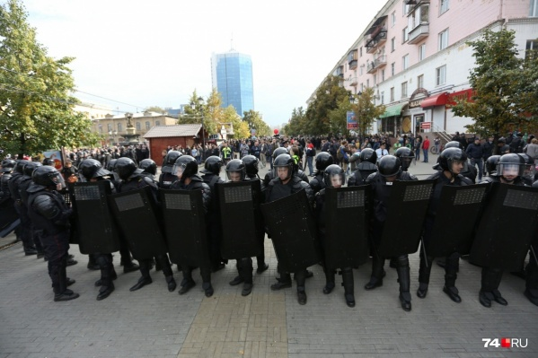 9 сентября силовики сделали всё, чтобы подавить митинг и не допустить шествия по центру города