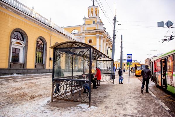 Самые изящные остановки в Ярославле — на Привокзальной площади