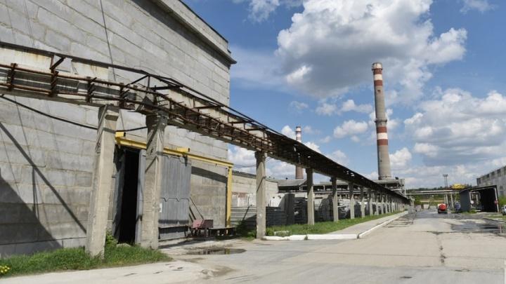 «Чтоб их здесь не было»: сотрудников завода на ЖБИ заставили уволиться по собственному желанию