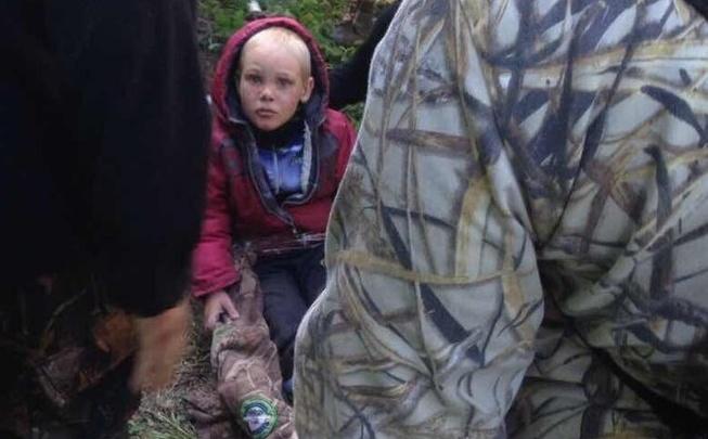 Появились проблемы с речью и зрением: как живет маленький Дима, который 4 суток блуждал по лесу