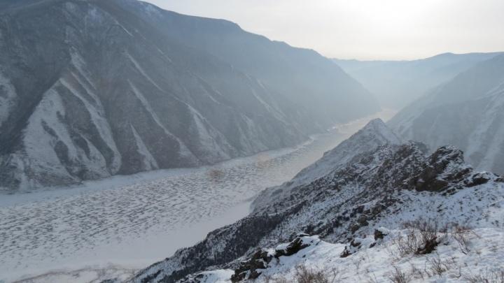 Экологи исследовали снег в заповеднике на юге края и нашли в нём цинк и свинец от котельных