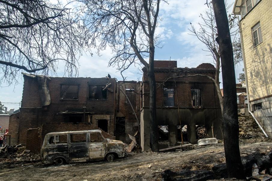Сотни ростовчан из-за пожара остались без крыши над головой