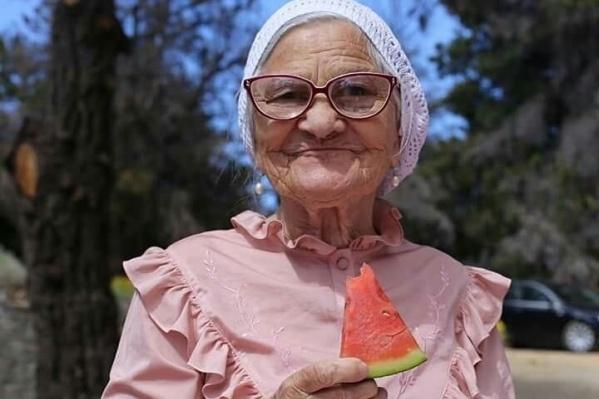 Вся Россия запомнит Бабу Лену такой