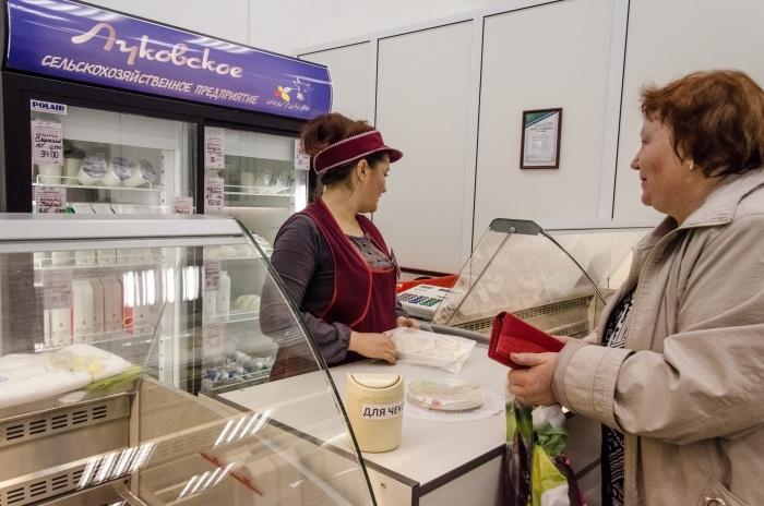 Запрещённый сыр нашли во время рейда таможни на Центральный рынок
