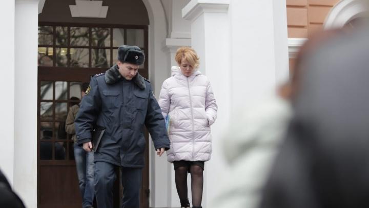 Анастасию Шевченко оставили под домашним арестом