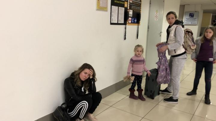 Пассажиры из Питера, которые летели в Таиланд, но застряли в Екатеринбурге, вылетели из Кольцово