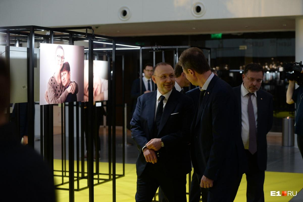 На выставку пришли главы металлургических компаний Андрей Козицын и Игорь Алтушкин