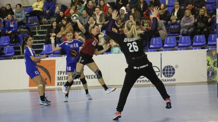Дотянуться до «Звезды»: волгоградское «Динамо» сыграло вничью с подмосковным конкурентом — 25:25