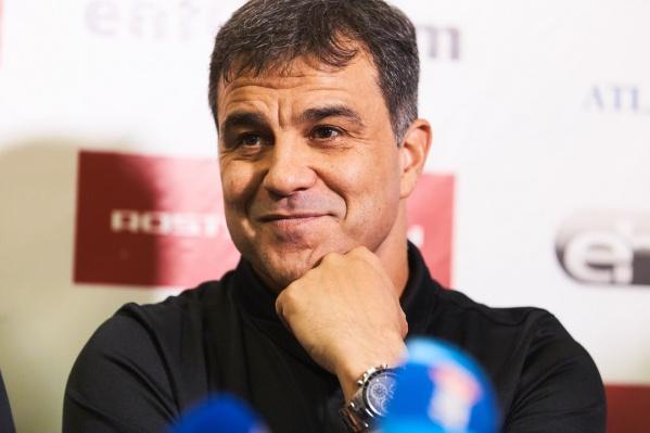Амброс Мартин продолжит тренировать ростовских гандболисток